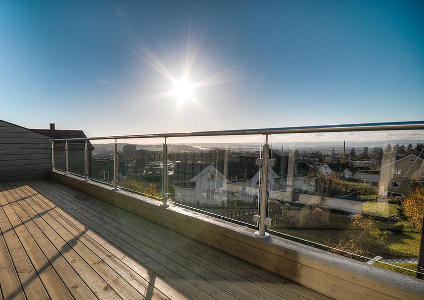 Extrem Balkongeländer mit Glas oder Edelstahl - komplett Bausatz DQ05
