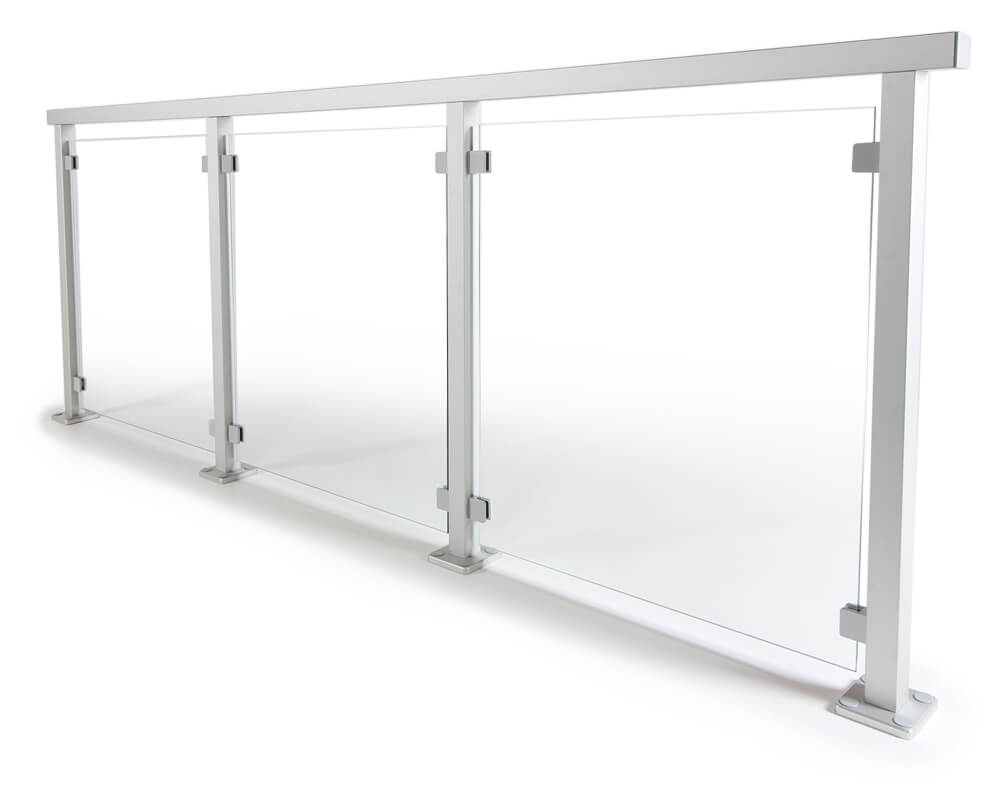 Glasgeländer mit Aluminiumpfosten