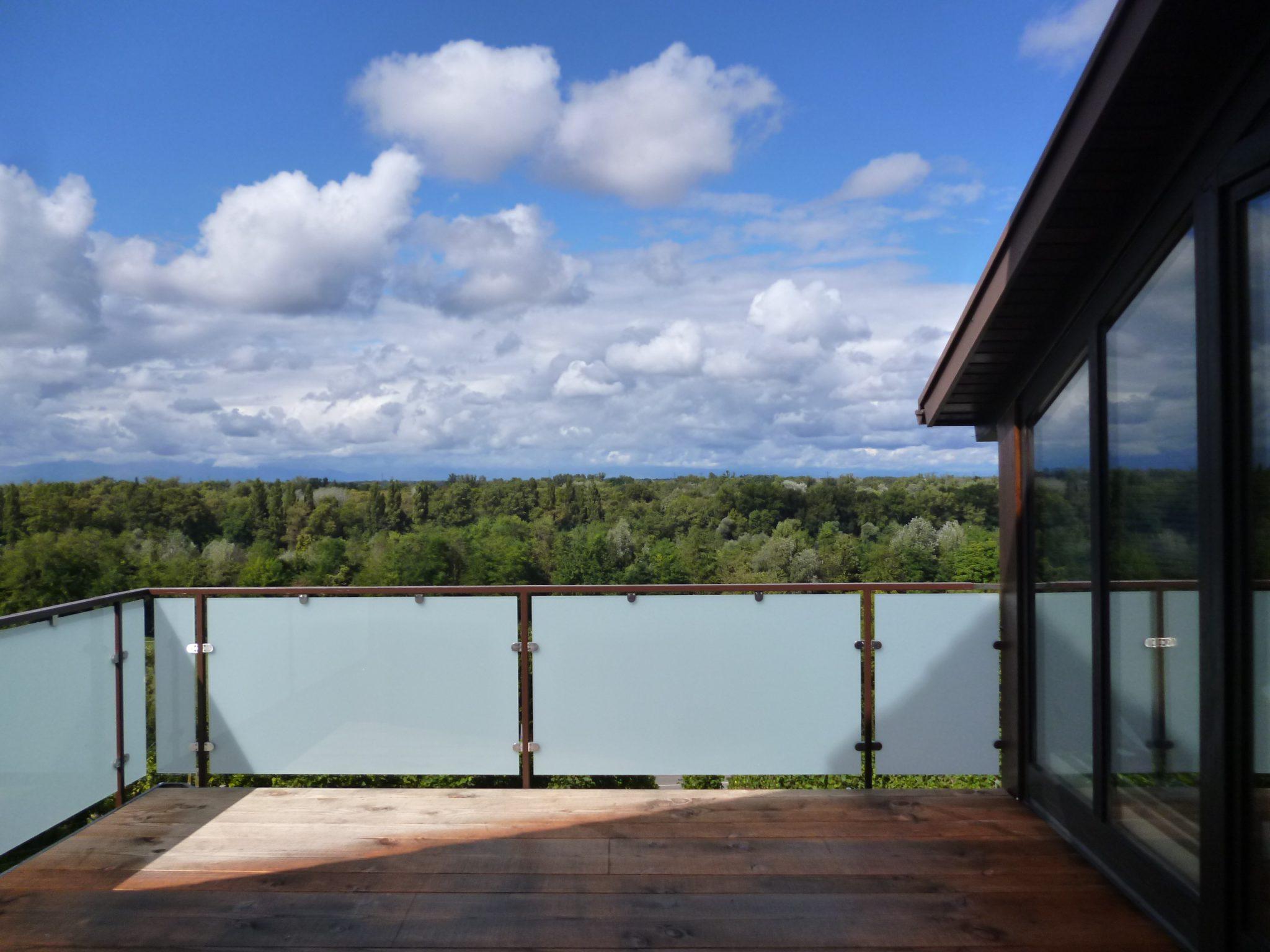 balkongel nder mit glas komplette baus tze. Black Bedroom Furniture Sets. Home Design Ideas